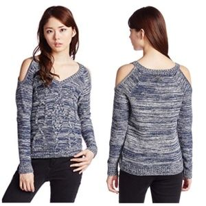 Guess Cold Shoulder Cable Crop V Neck Sweater M